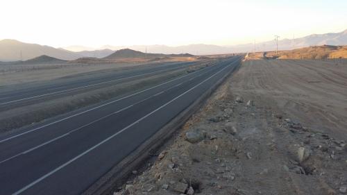 carretera-panamericana-desierto-chile-norte