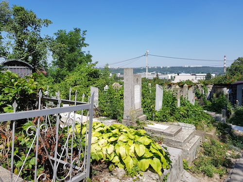 cementerio-judio-chisinau