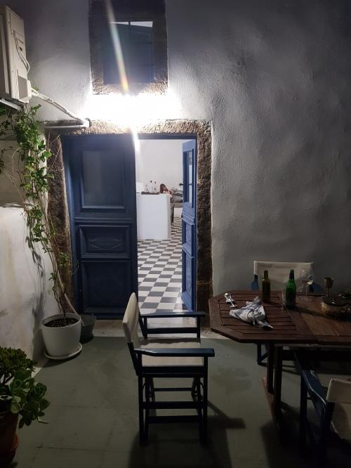 casa-emporio-santorini