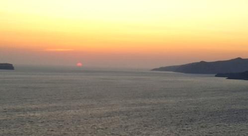 puesta-sol-mar-ageo-santorini.jpg